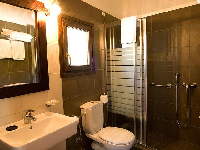 Vytina Mountain View - Bathroom