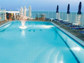 Mistral Hotel - Swimming Pool