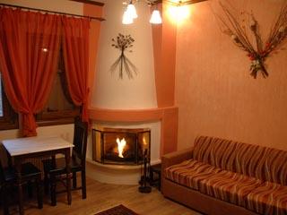 Archontiko Mesohori - Fireplace