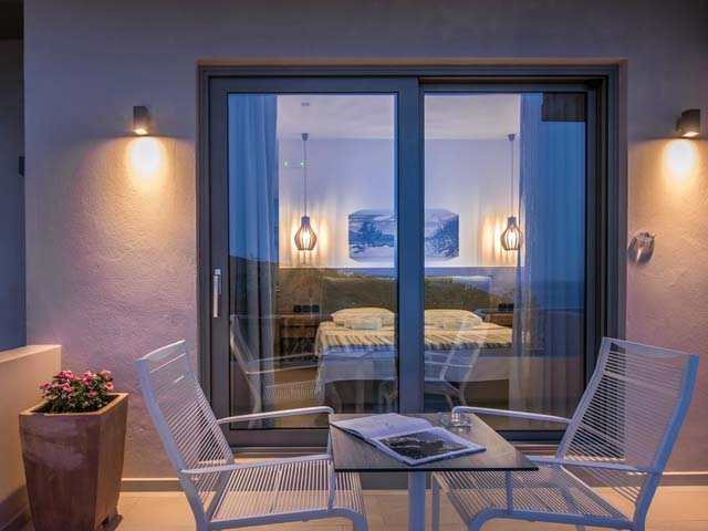 Irida Hotel and Apartments -