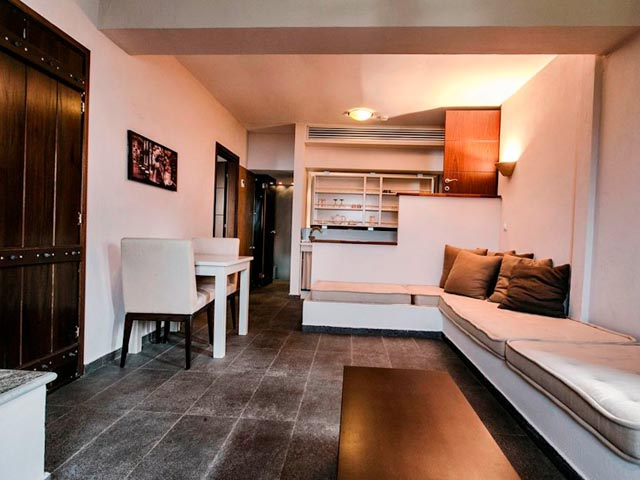 12 Months Luxury Resort -