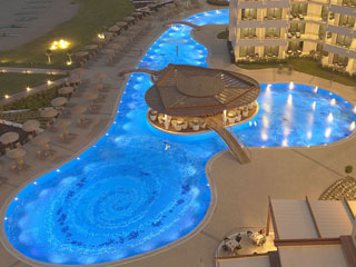 Elysium Resort & Spa - Swimming Pool