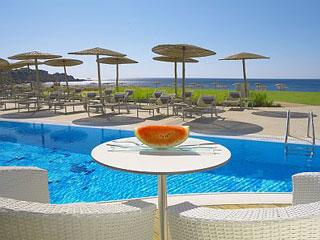 Elysium Resort & Spa - Pool Bar