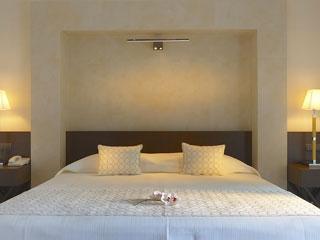 Elysium Resort & Spa - One Bedroom Deluxe Suite King Size Bed