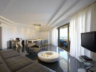 Elysium Resort & Spa - Livingroom
