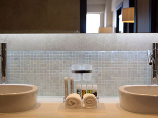 Elysium Resort & Spa - Bathroom