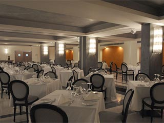Valis Resort Spa & Conference Center - Restaurant