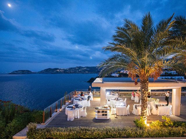 Sea Side Resort & Spa -