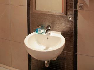 Iro Hotel - Bath