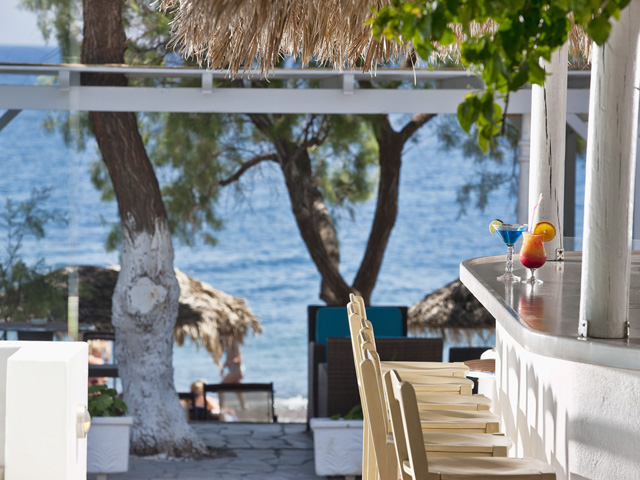 Alesahne Beach Hotel - Beach Bar