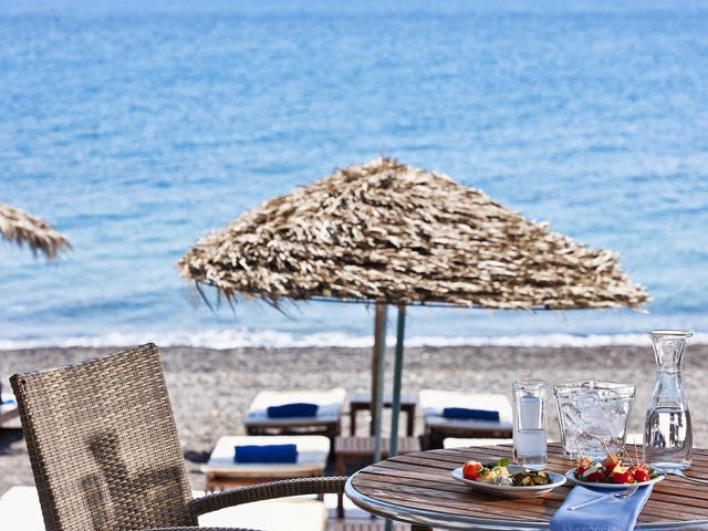 Alesahne Beach Hotel - Beach Restaurant