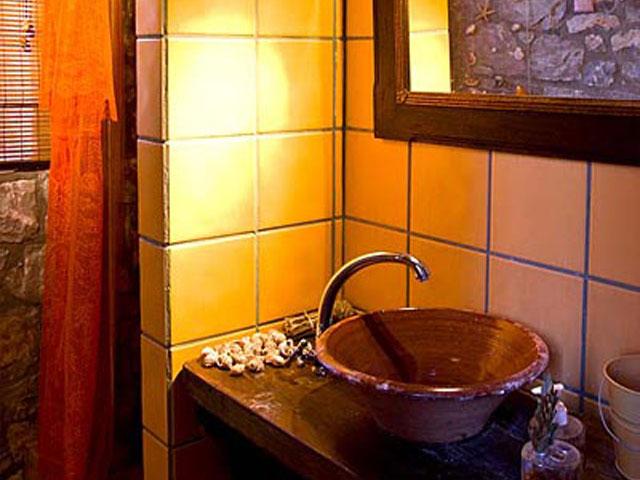 Aoritis Villas - Villa Rozare Bathroom