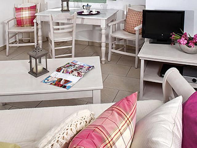 Aura Marina - Ostria Living Room