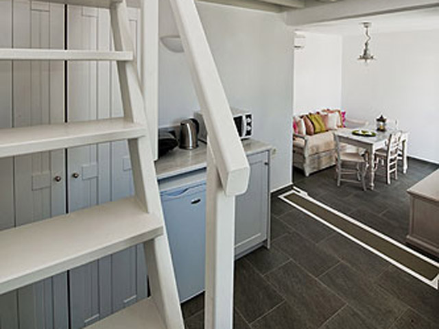 Aura Marina - Levante Living Room