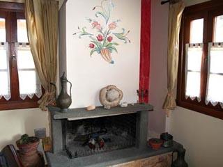 Dovra Hotel - Fireplace