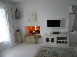 Mykonos White - Interior View