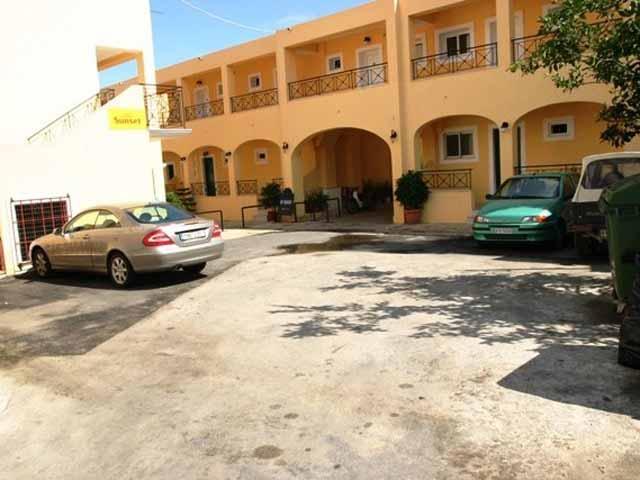 Lemon Grove Beach Hotel -
