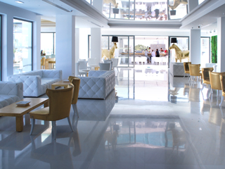 Diamond Deluxe Hotel and SPA - Lobby