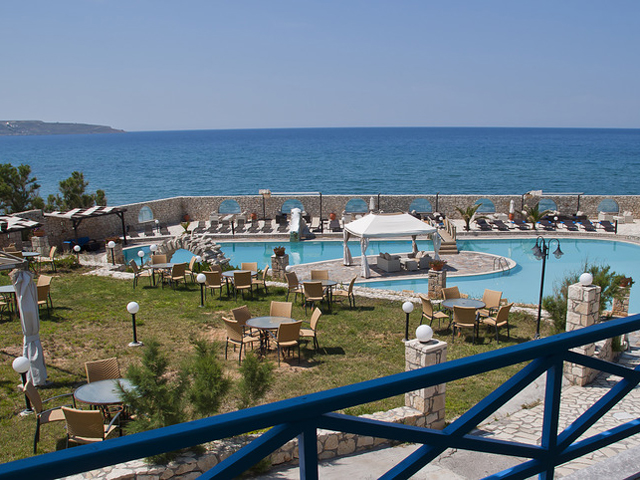 Lassion Golden Bay -