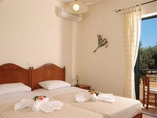 Anna Maria Villa - Twin Bedroom