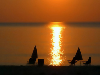 Flamingo Hotel - Relaxation moments at  the beach of Pelion, Horefto