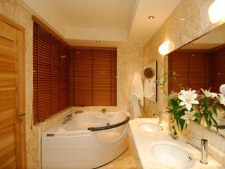 Senia Hotel - Bathroom