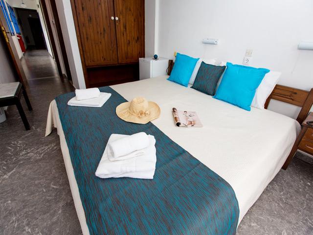 Adamakis Hotel -