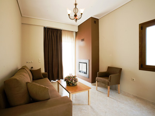 Evia Hotel & Suites - Suite with fire place