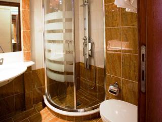 Evia Hotel & Suites - Bathroom jacuzzi
