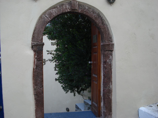 Ersi Villas - Entrance Exterior View