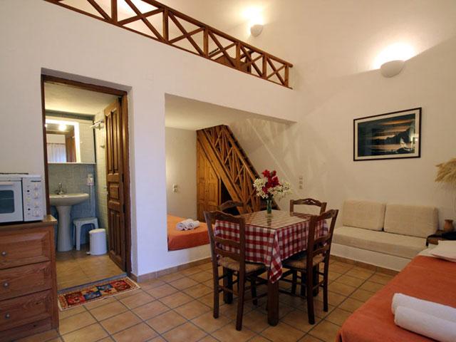 Ersi Villas - Dining Area