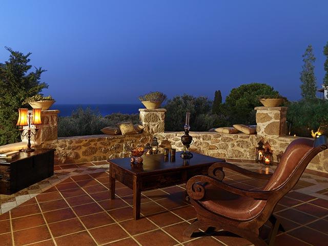 Bozonos Luxury Villas - Balcony