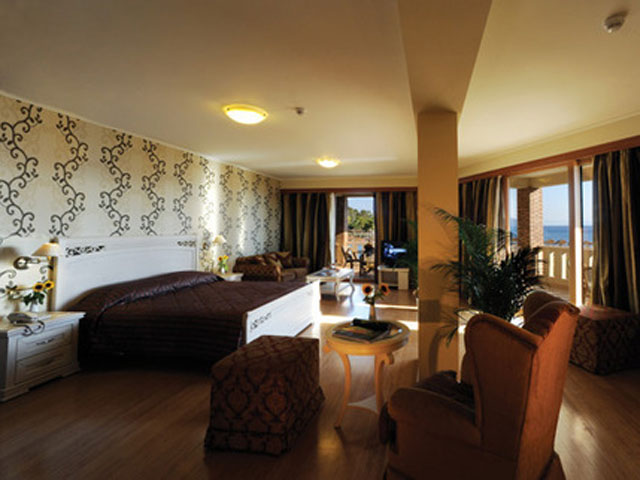 Kandias Castle Resort & Thalasso - Deluxe Suite View
