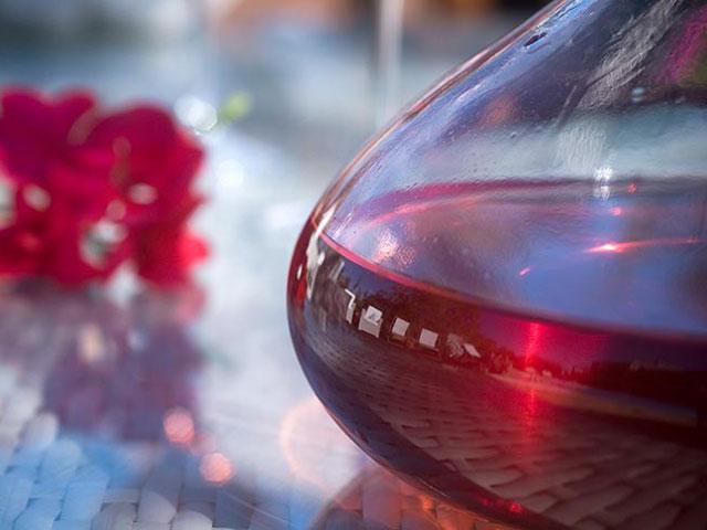 Enalio Suites - Wine