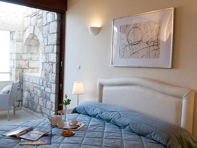 Enalio Suites - Bedroom