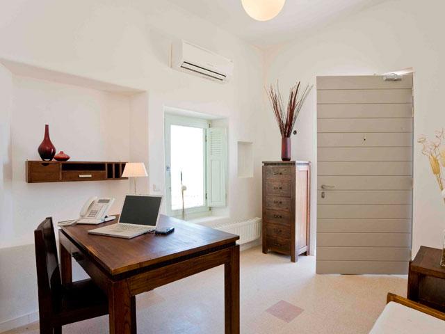 Black Rock Villa - Office