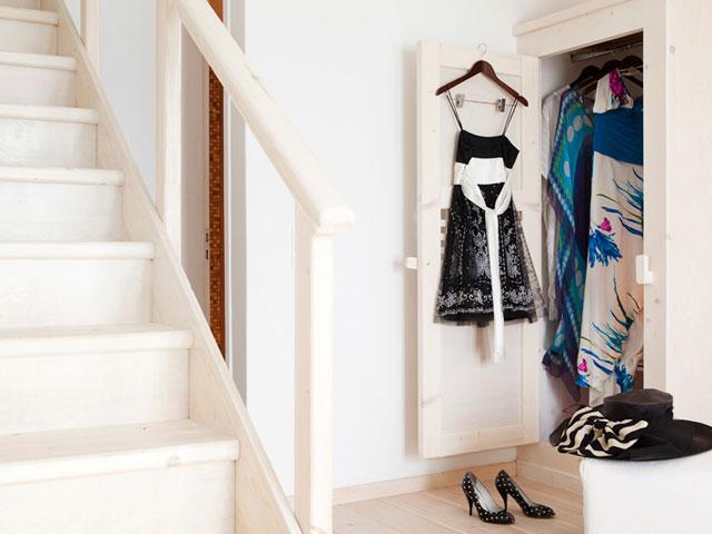 Thermes Luxury Villas - Wardrobe