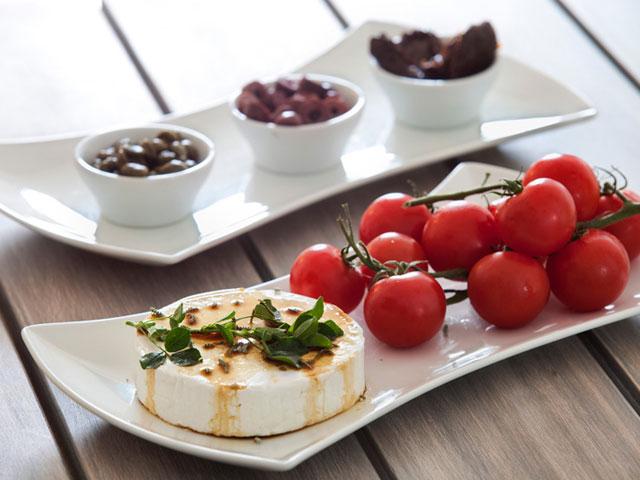 Thermes Luxury Villas - Food