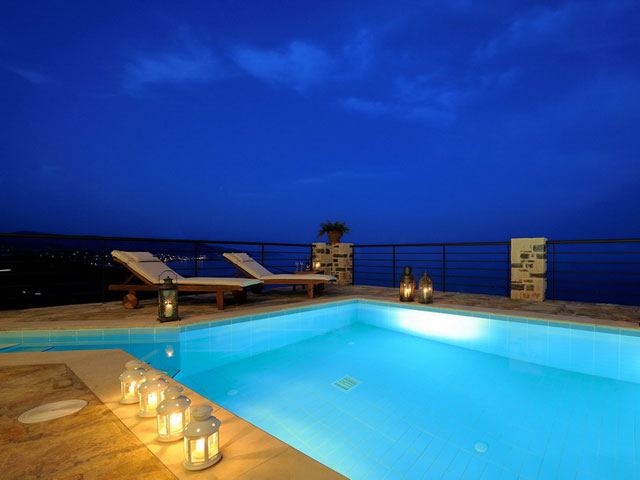 Ierapetra Villas - Swimming Pool Night View