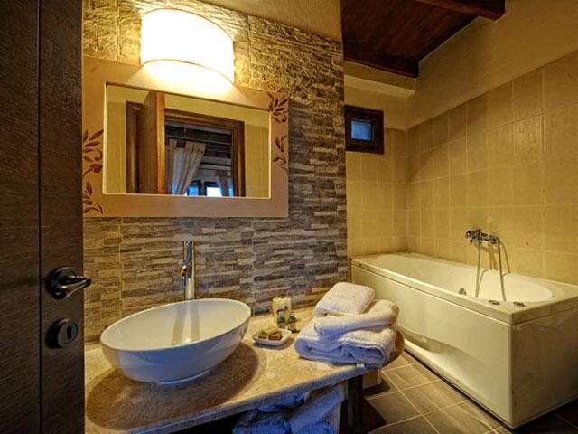 Villa Mala - Mentha Messonaite Bathroom