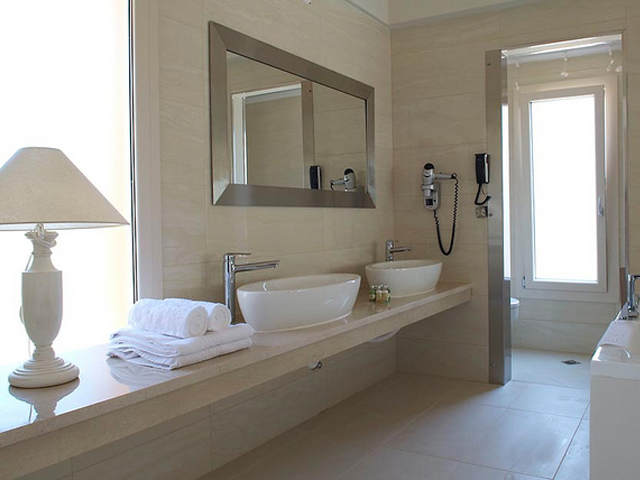 Litohoro Olympus Resort Villas & Spa - Bathroom