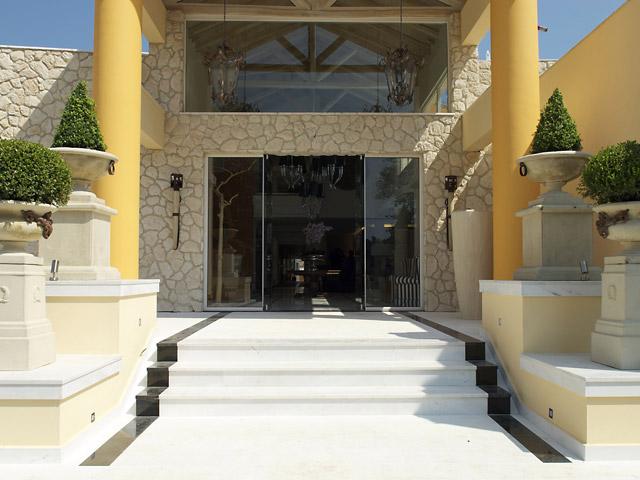 Litohoro Olympus Resort Villas & Spa - Entrance