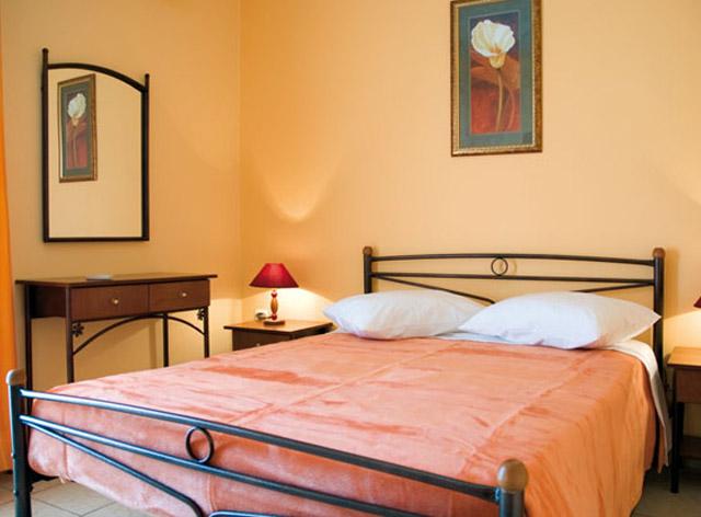 Karfas Sea Apartments - Bedroom