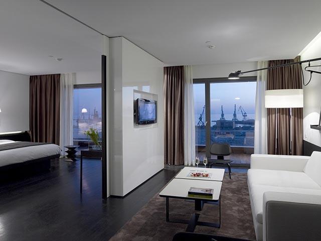 The Met Hotel -