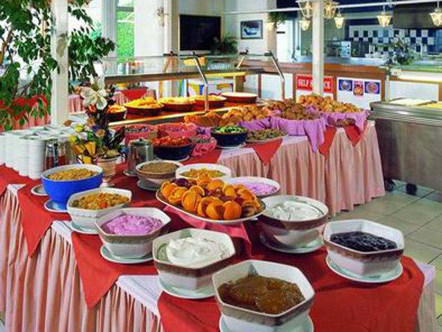 Rhodos Beach Hotel - Buffet