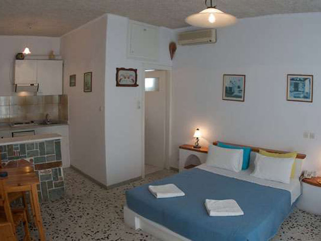 Vallas Apartments & Houses - Room