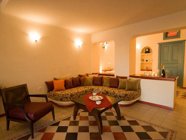 Santorini Luxury Villas - Dream Luxury Villa- living room