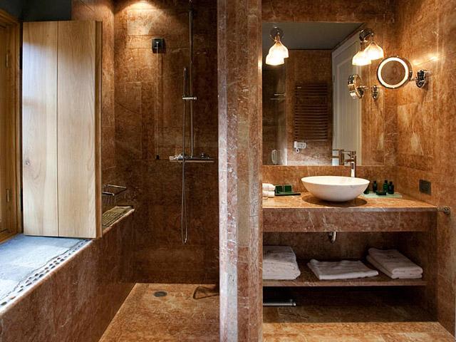 Kinsterna Hotel and Spa Monemvasia - Bathroom