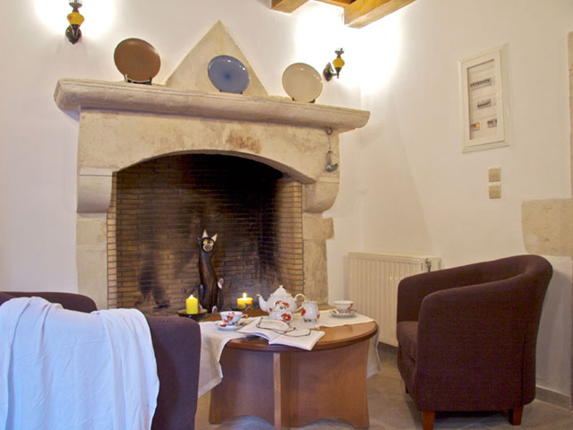 Elenis Stately Home - Fireplace