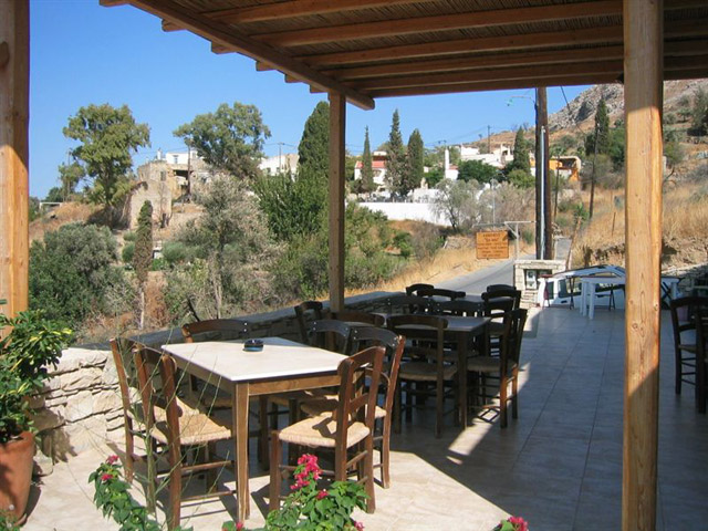 Ksa Sou Traditional Guest Houses Listaros - Traditional Coffee House